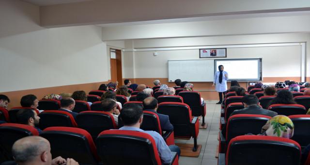 Açık uçlu soru yazma ve ölçme değerlendirme teknikleri semineri yapıldı