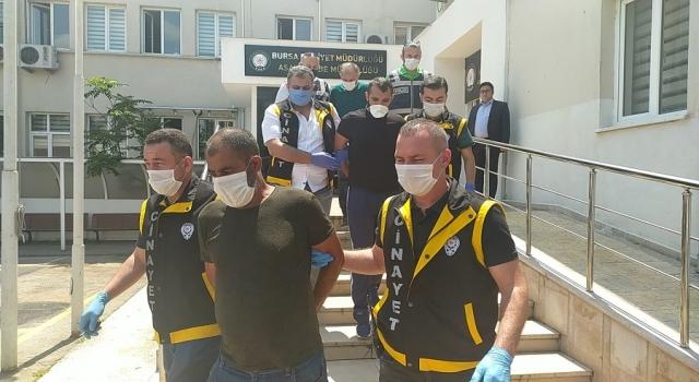 Bursa'da tekel bayi sahibi Gümüşhaneli Yılmaz Aslankılıç'ı (39) pompalı tüfekle öldürdü