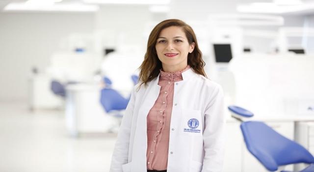 Diş hekimi tavsiyesi dışında kullanılan beyazlatma ürünleri riskli olabilir