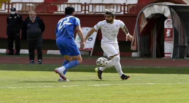 Gümüşhanespor, sahasında konuk ettiği Sarıyer'e 3-0 mağlup oldu