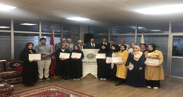 Arapça Kursu Sonunda Başarılı Kursiyerlere Sertifikaları Verildi