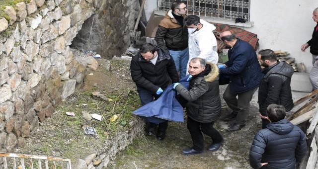 Gümüşhane'de bir kişi evinde ölü bulundu