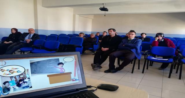 Öğretmen ve idarecilere eTwinning bilgilendirme seminerleri yapildi
