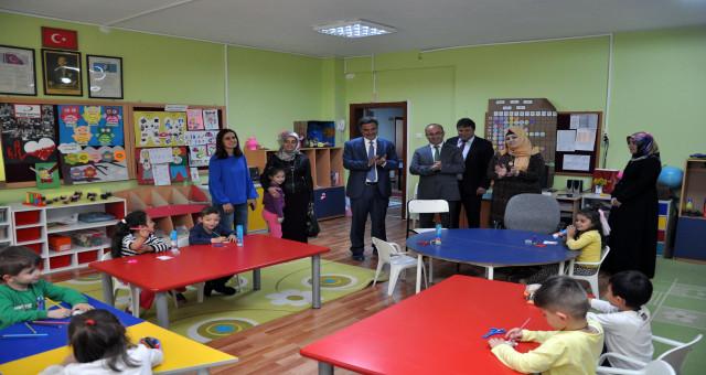 Milli Eğitimi Müdürü Doğan, Torul ilçesindeki okulları ziyaret etti