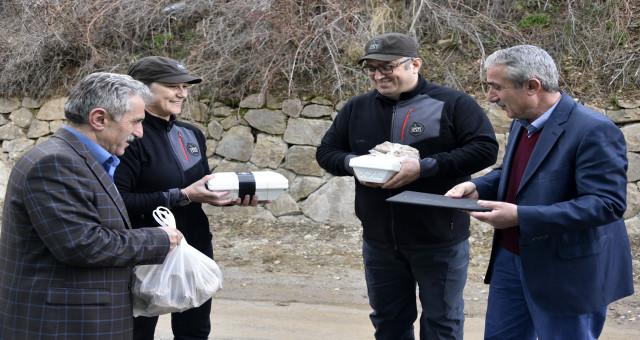 Türkiye'yi karış karış gezip ekmek ve ekşi mayaların DNA'sını çıkarıyorlar