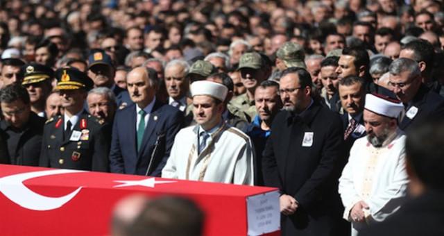 Gençlik ve Spor Bakanı Kasapoğlu, Gümüşhane'de