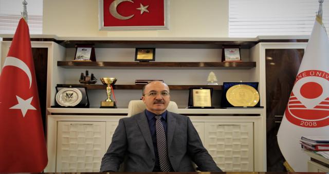 Rektör Zeybek, Ahmed Ziyaüddin Gümüşhanevi Hazretleri'ni andı