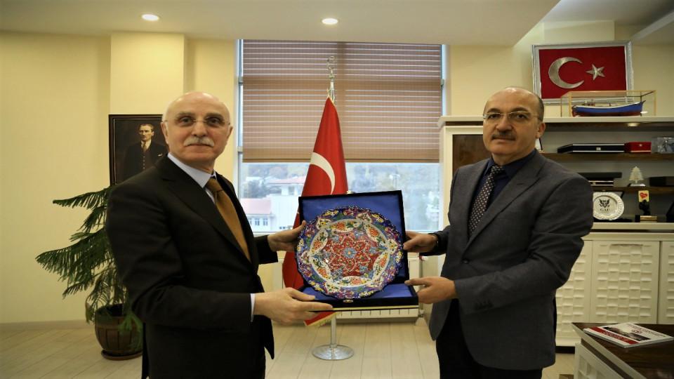 Bakan Yardımcısından Rektör Halil İbrahim Zeybek'e Ziyaret