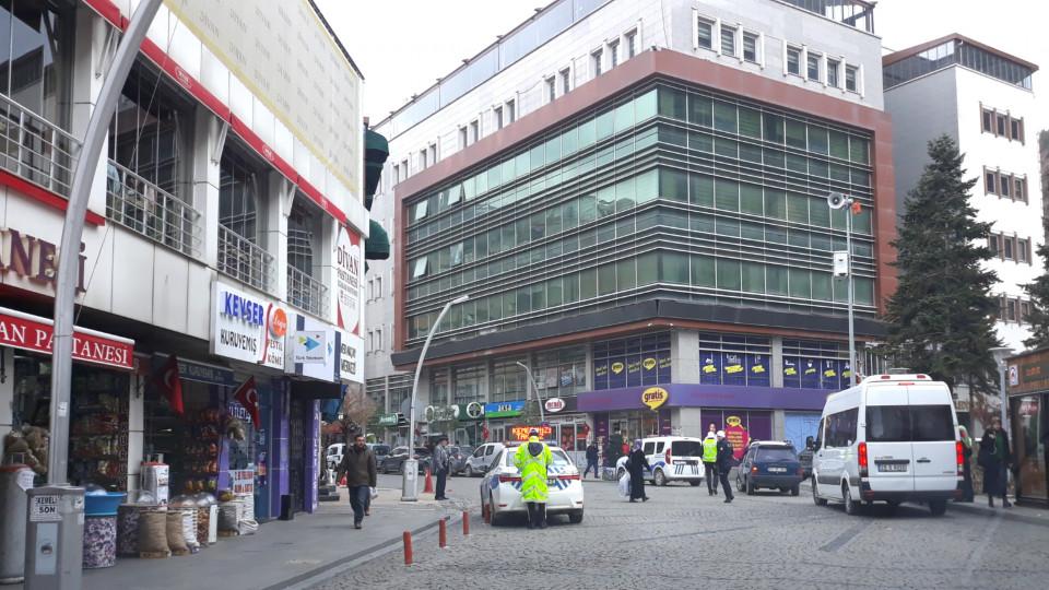 Atatürk ve Cumhuriyet Caddeleri Yayalaştırılıyor...