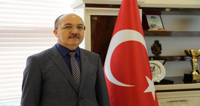Prof. Dr. Halil İbrahim Zeybek, İstiklal Marşı'nın kabulünün 98'inci yıldönümünü kutlayan bir mesajı