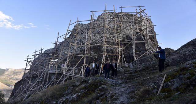 Canca Kalesinde  restorasyon ve restitüsyon çalışmaları devam ediyor