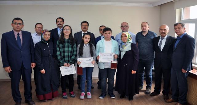 Türk Telekom Fen Lisesi 10. Matematik ve Fen Bilim Olimpiyatları ödül töreni düzenlendi