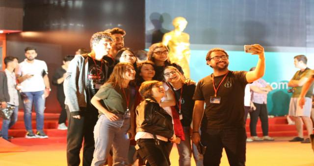 İletişim Fakültesi Öğrencileri Antalya Altın Portakal Film Festivali'nde