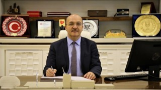 Rektör Prof. Dr. Halil İbrahim Zeybek, Berat Kandilİ Mesajı