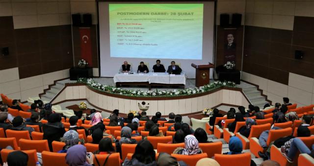 Gümüşhane Üniversitesinde 28 Şubat Konuşuldu
