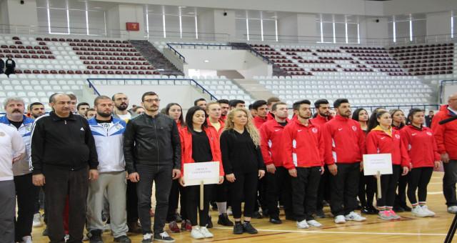 Gümüşhane Üniversitesi Voleybol Takımı Elazığda