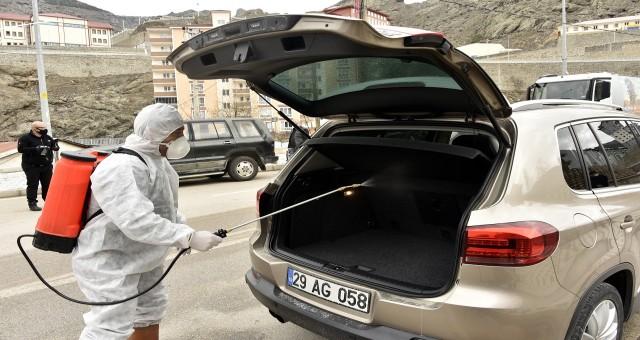 Gümüşhane'den geçen her araç ücretsiz dezenfekte ediliyor