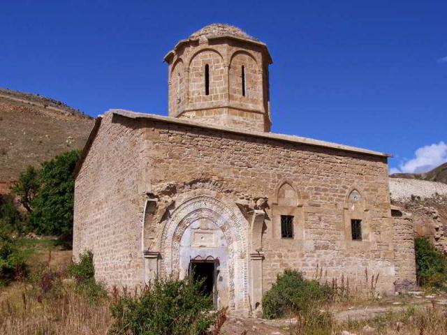 Gümüşhane İmera Manastırı